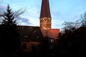 Kerktoren Marienkirche bij zonsondergang